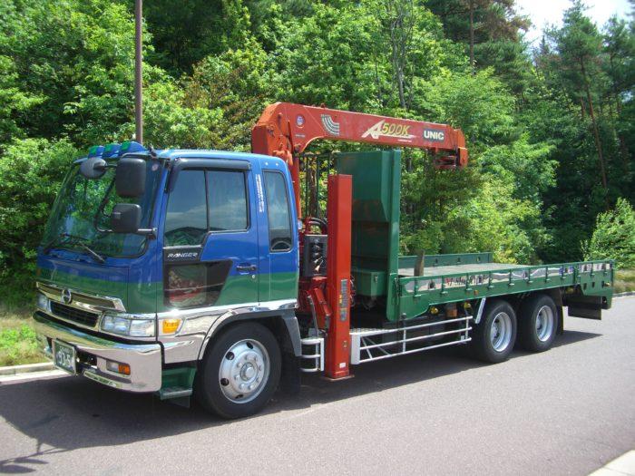 西本急送株式会社(大型トラックドライバー)