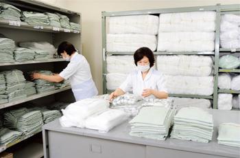 ワタキューセイモア株式会社 中国支店広島営業所 広島大学病院(洗濯物配送業務)