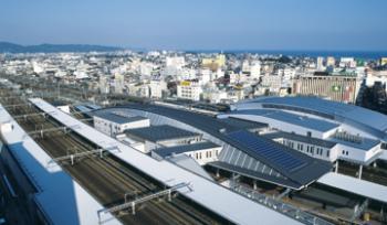 東海道新幹線・小田急電鉄小田原駅屋根